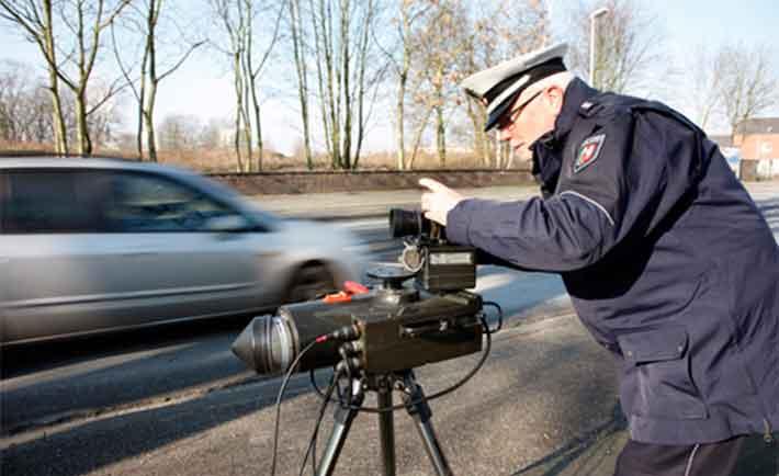 Geschwindigkeitsmessung Polizei